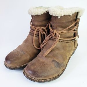 Ugg Caspia 1001815 Boot